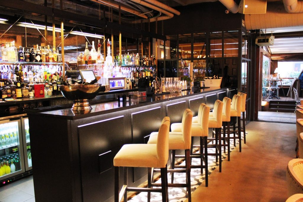 Restaurant branché la marietta bar